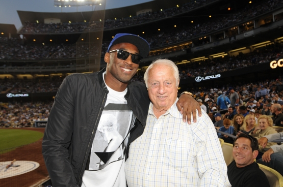 Kobe Bryant and Tommy Lasorda (Jill Weisleder/Los Angeles Dodgers)