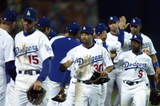 Dave Roberts in 2002 (Jill Weisleder/Los Angeles Dodgers)
