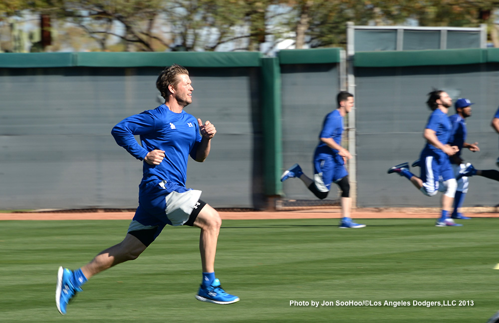 Los Angeles Dodgers Clayton Kershaw runs