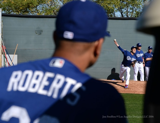 Los Angeles Dodgers pitchers and catchers workout